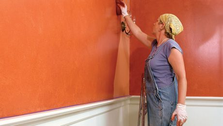 how to apply glaze to painted walls